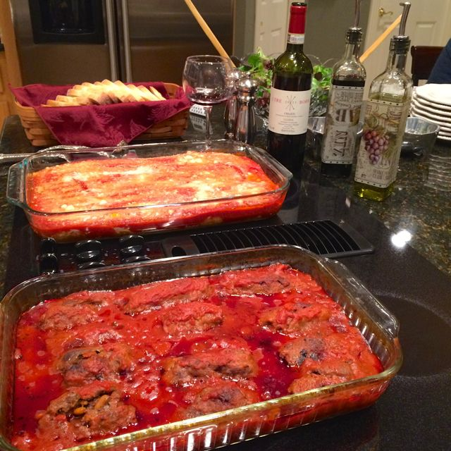How To Throw An Italian Dinner Party For Fourteen Guests